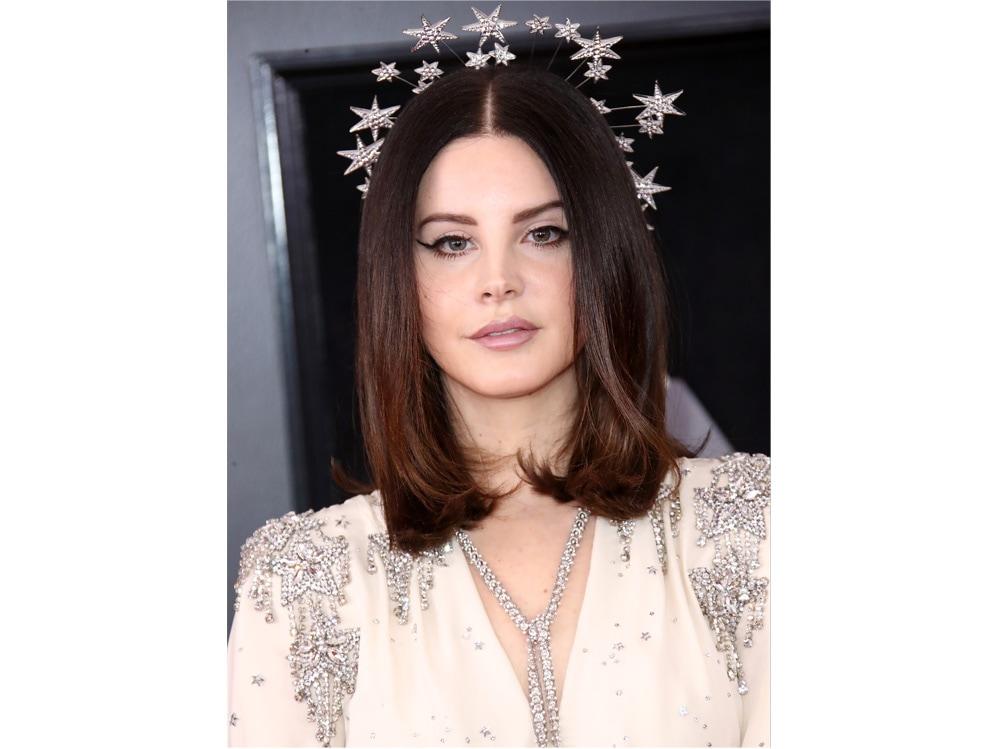 lana-del-rey-beauty-look-capelli-07