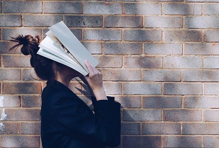 6 profili da seguire su Instagram per (ottimi) consigli sui nuovi libri da leggere