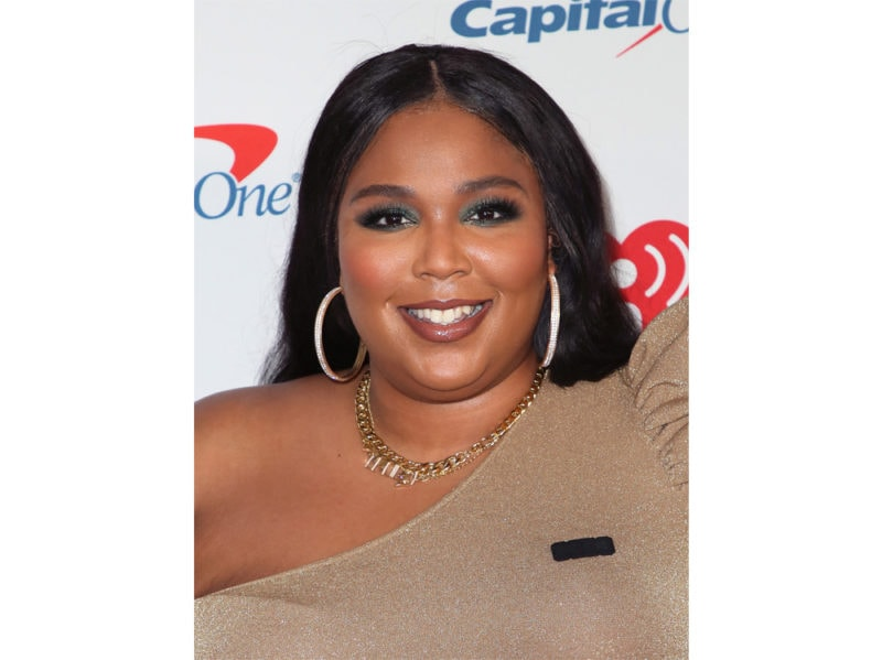 lizzo-beauty-look-make-up–08