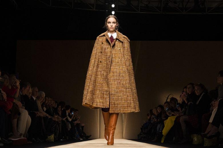 Colpisce senza mai ostentare: la donna Luisa Spagnoli si veste di nuovo per l'autunno inverno 2020-21