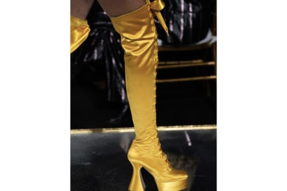 moschino-aw-2020-stivali