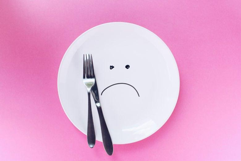 """Dinner Cancelling: 7 cose da sapere sulla dieta in cui """"basta saltare la cena"""""""
