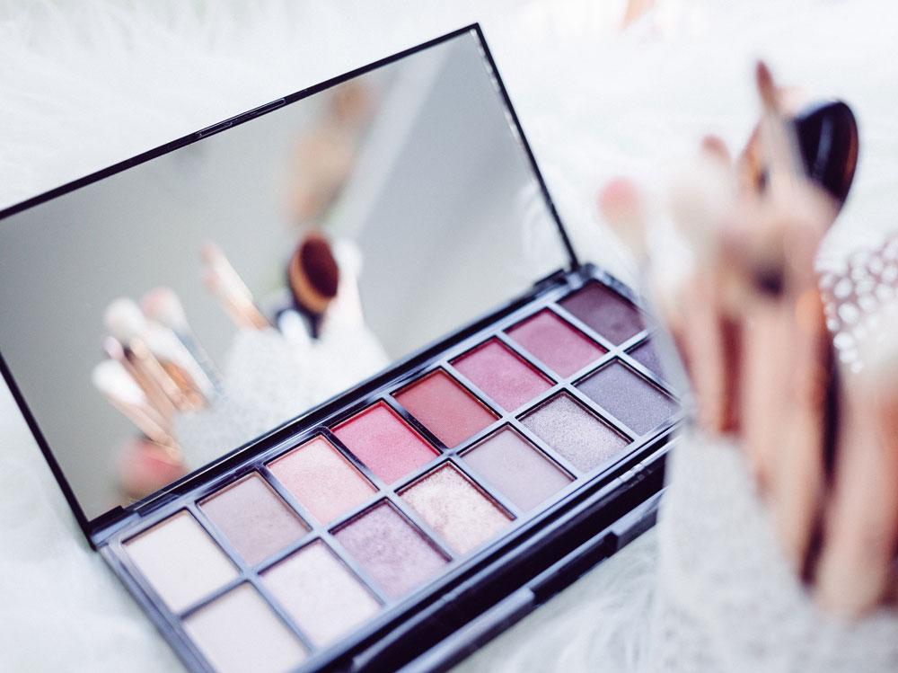 10-make-up