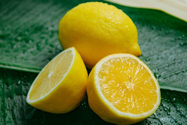 Cosa succede al corpo se si beve tutti i giorni del succo di limone