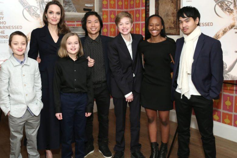 """Angelina Jolie e Brad Pitt sono in quarantena """"congiunta"""" per vedere entrambi i figli"""