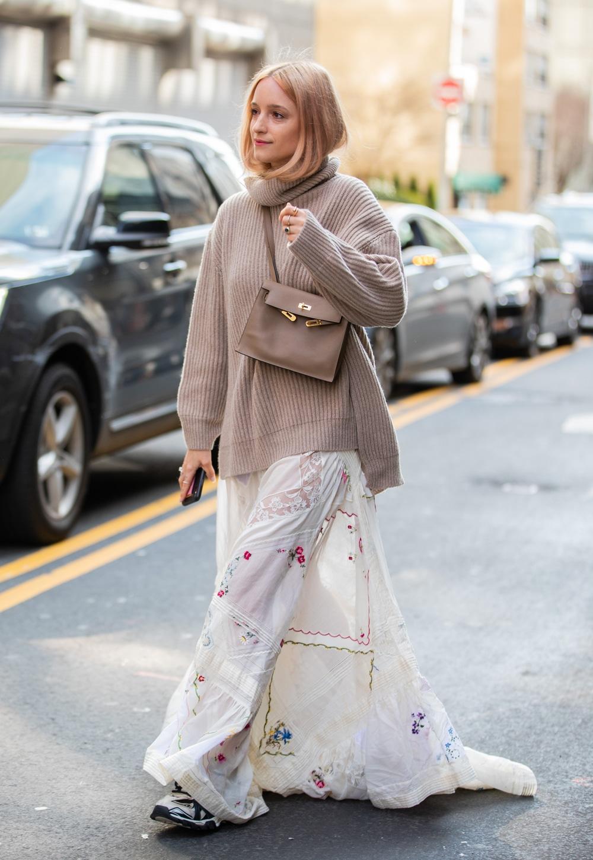 charlotte groeneveld maxi gonna e maglione