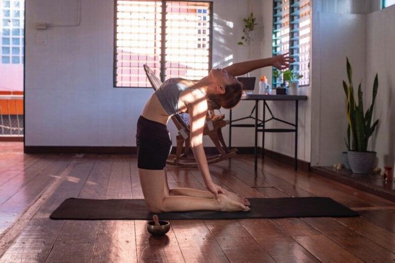 Esercizi da fare a casa: bastano 15 minuti al giorno per tenersi in forma senza palestra