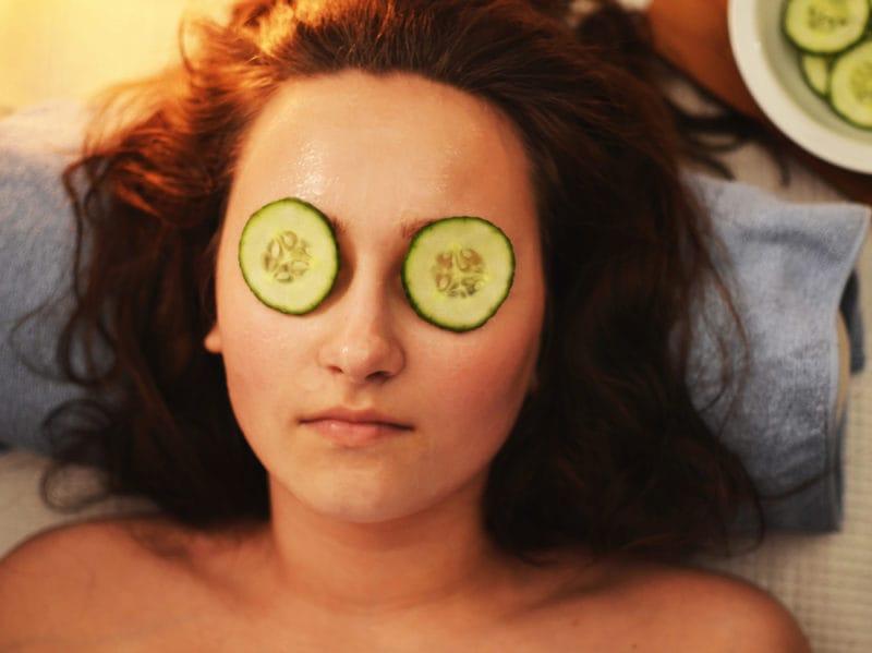 woman-girl-beauty-mask-3192