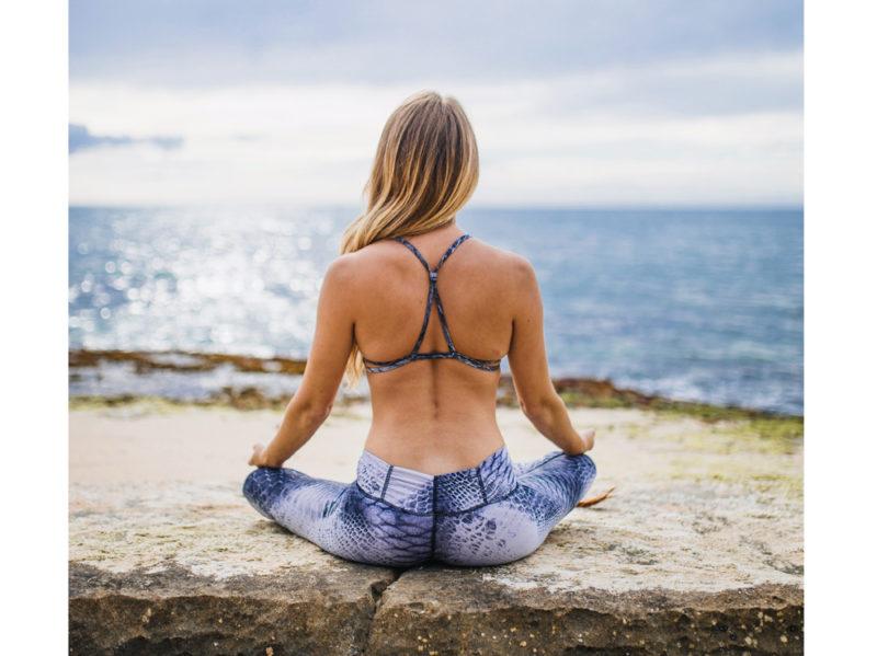 02-postura-seduti-yoga