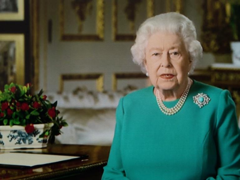 Regina Elisabetta significato abito