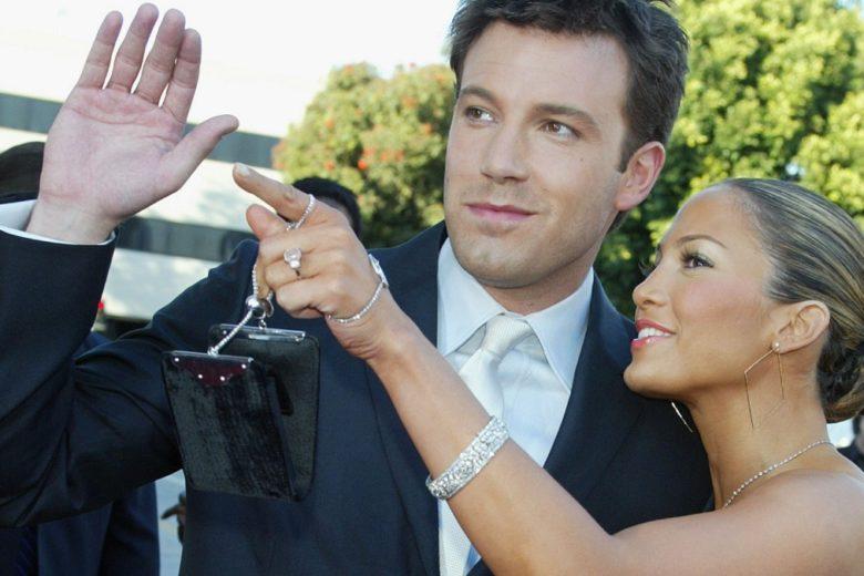 Jennifer Lopez parla dell'anello di fidanzamento che le ha regalato Ben Affleck: «Ho amato quel diamante rosa»