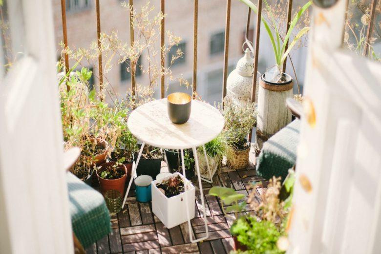 5 consigli per rendere accogliente il balcone (anche se è piccolo)