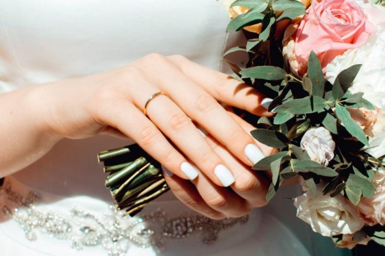 Unghie sposa 2020: tutte le manicure più belle per sognare il giorno del sì