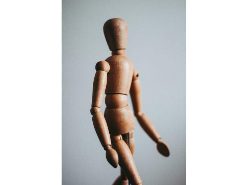 09-omino-legno