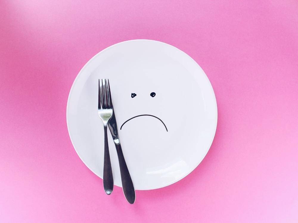 09-piatto-piange