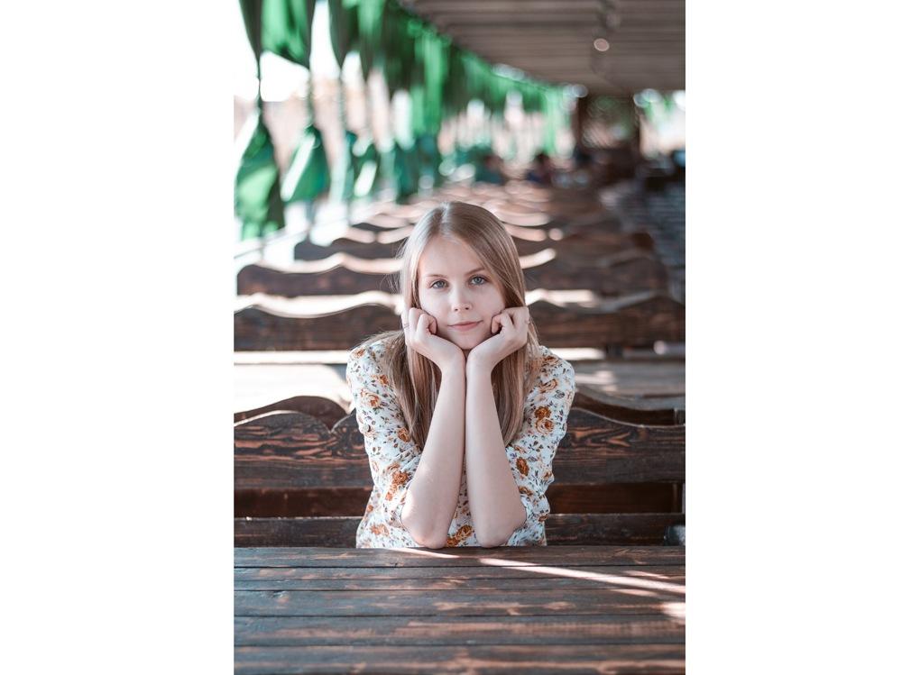 09-ragazza