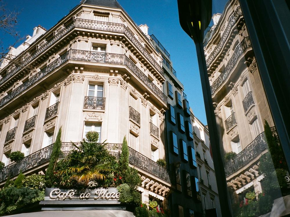 Cafe-de-Flore_Paris_cafe-style_Andreea-Bogdan_-17