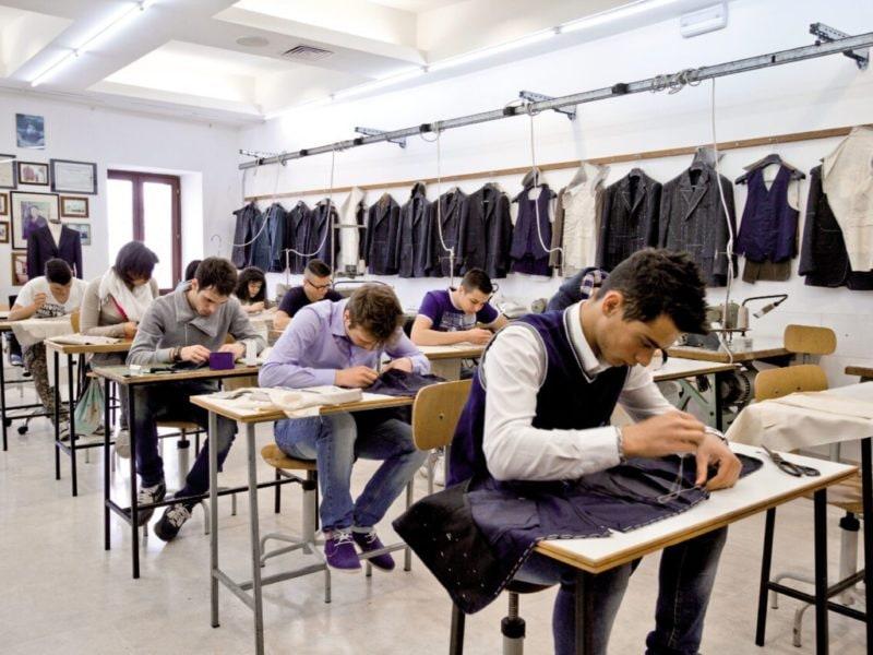 appello di 20 scuole di alta formazione di Arte e Mestiere italiane al Governo MOBILE