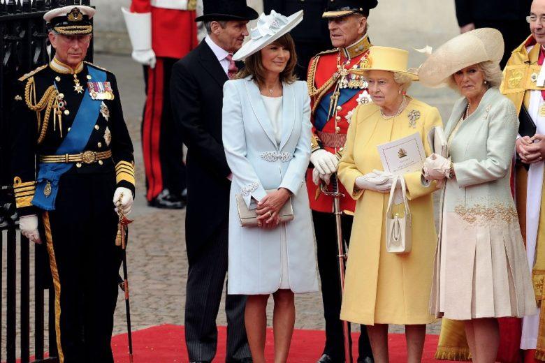 Ecco perché la regina Elisabetta e Carole Middleton, mamma di Kate, vanno così d'accordo