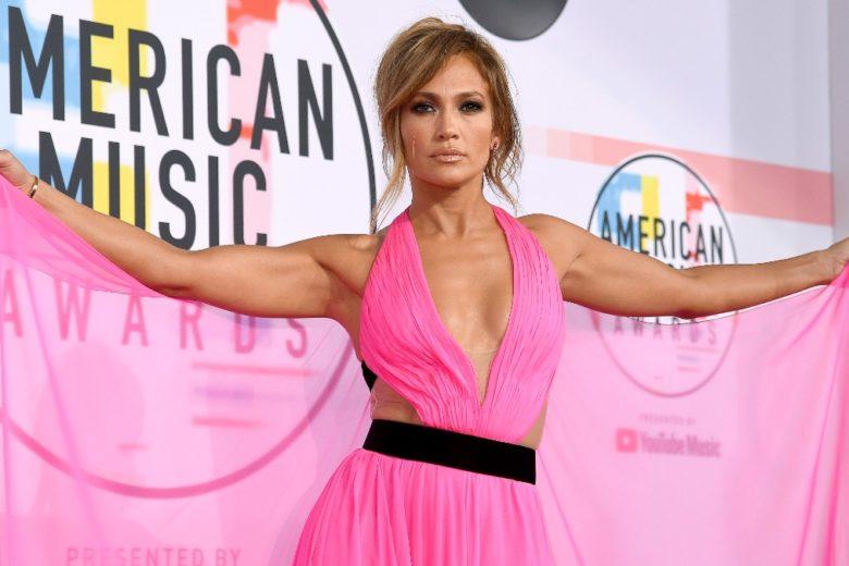 La dieta di Jennifer Lopez: cosa mangiare per avere il fisico di JLO