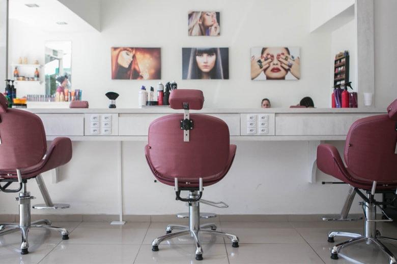 #inmanisicure: taglio e piega gratis per operatori sanitari con Compagnia Della Bellezza e L'Oréal Professionnel