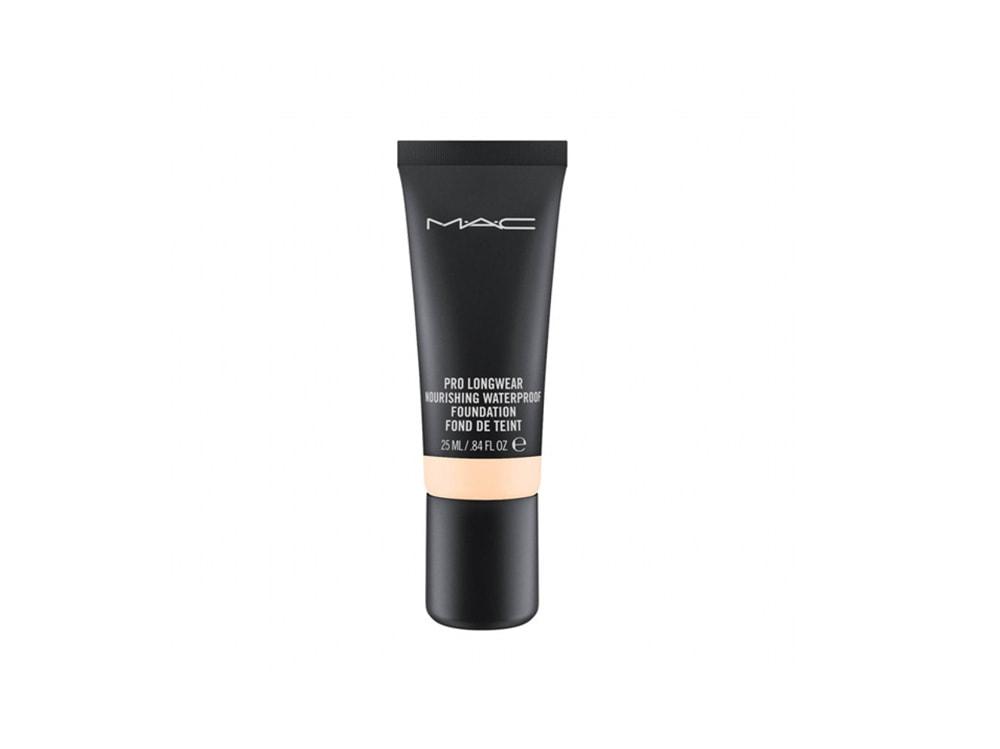 trucco-waterproof-fondotinta-mac-cosmetics