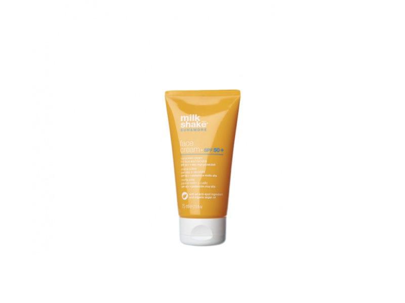 beauty-case-al-mare-prodotti-consigli-vacanze-make-up-solari-capelli-corpo-MILK-SHAKE-SUN-&-MORE-CREMA-VISO-ABBRONZANTE-SPF-50