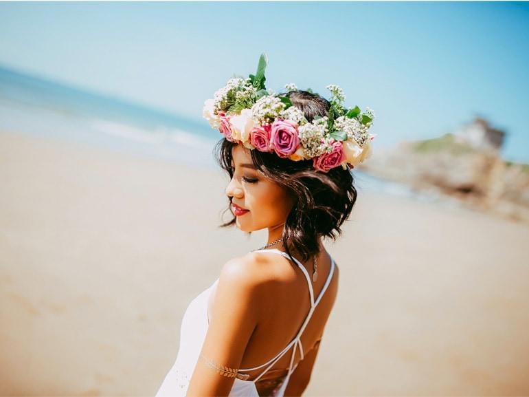 beauty-case-al-mare-prodotti-consigli-vacanze-make-up-solari-capelli-corpo-cover-mobile