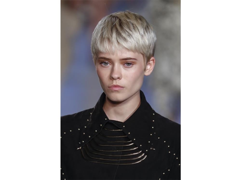 capelli-biondi-2020-di-tendenza-06
