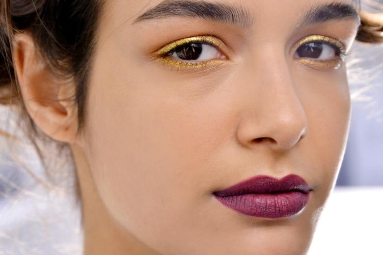 Fondotinta per coprire i pori dilatati: ecco i must del vostro beauty case