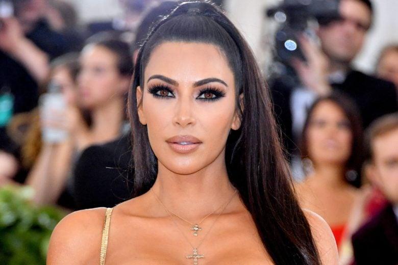 Kim Kardashian nel mirino: paga troppo poco i suoi dipendenti