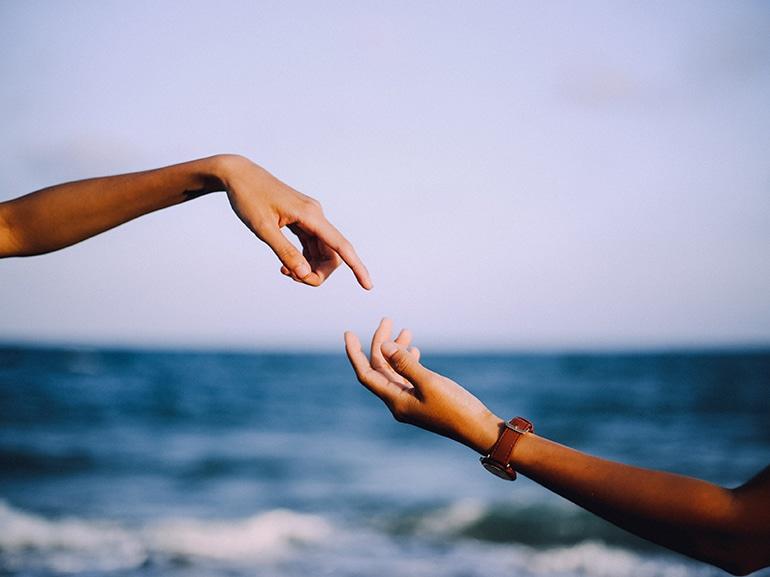 phix-nguyen-flirt-unsplash
