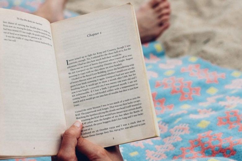10 nuovi libri stupendi (+1 in regalo) da leggere ad agosto