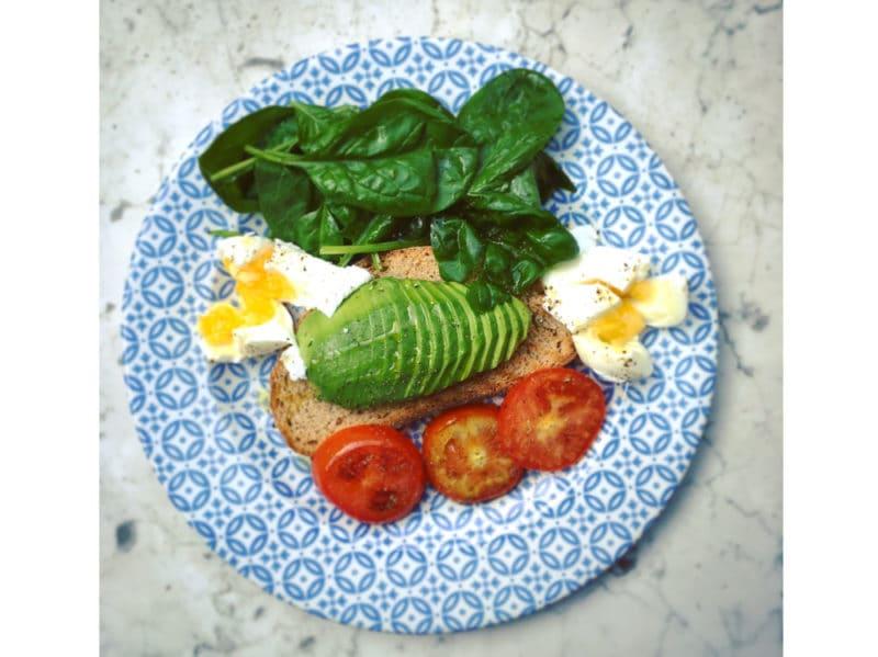 04-menu-uova-avocado
