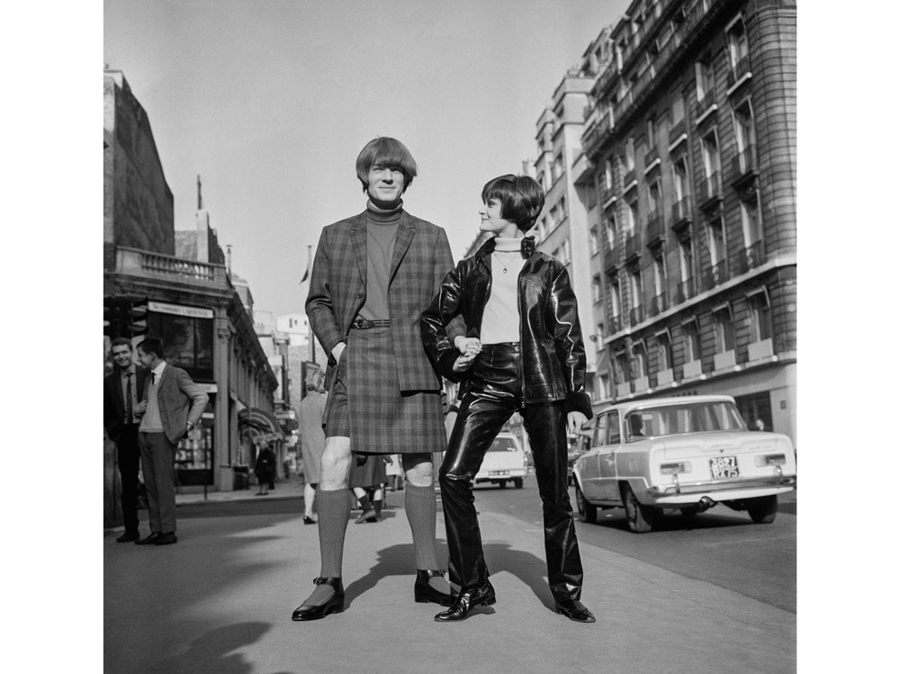Jacques-Esterel-1966-unisex-genderless-gonna-uomo