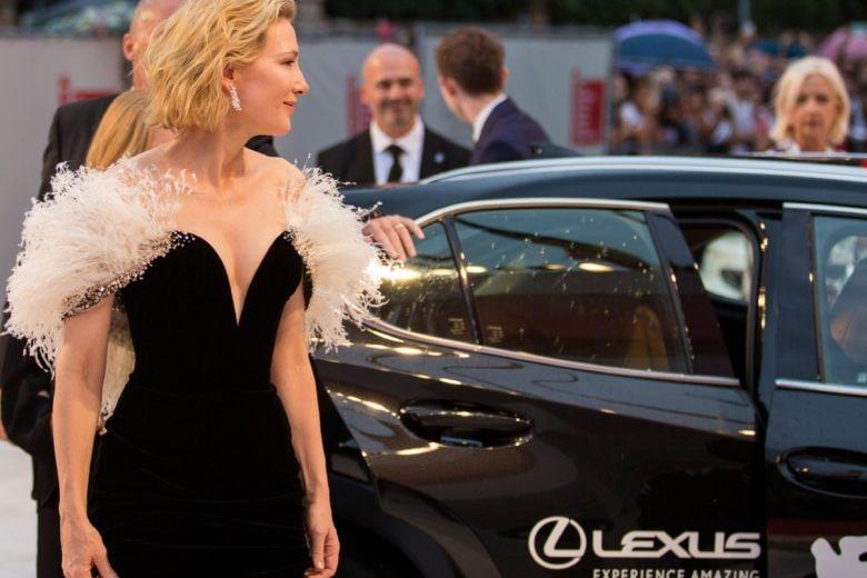 Venezia 77: le star del cinema sfilano sul red carpet con Lexus