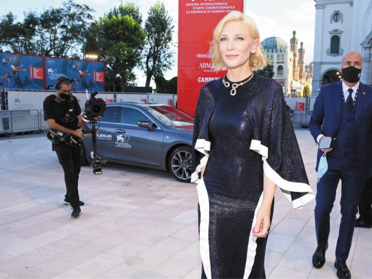 Red Carpet Venezia 2020 Mostra del Cinema Lexus auto ufficiale 17