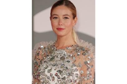 festival-cinema-venezia-2020-beauty-look-charlotte-vega