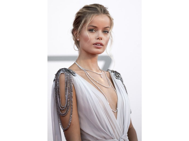 festival-cinema-venezia-2020-beauty-look-frida-aasen