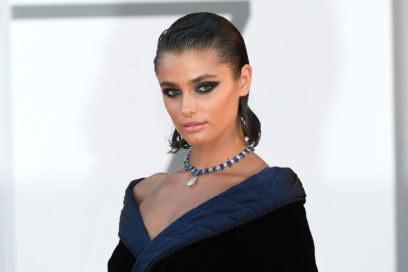 festival-cinema-venezia-2020-beauty-look-taylor-hill-01