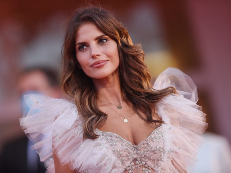 festival-cinema-venezia-2020-beauty-look-weronica-rosati