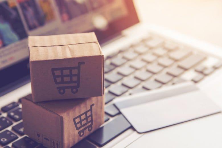 Perché facciamo shopping online di notte?