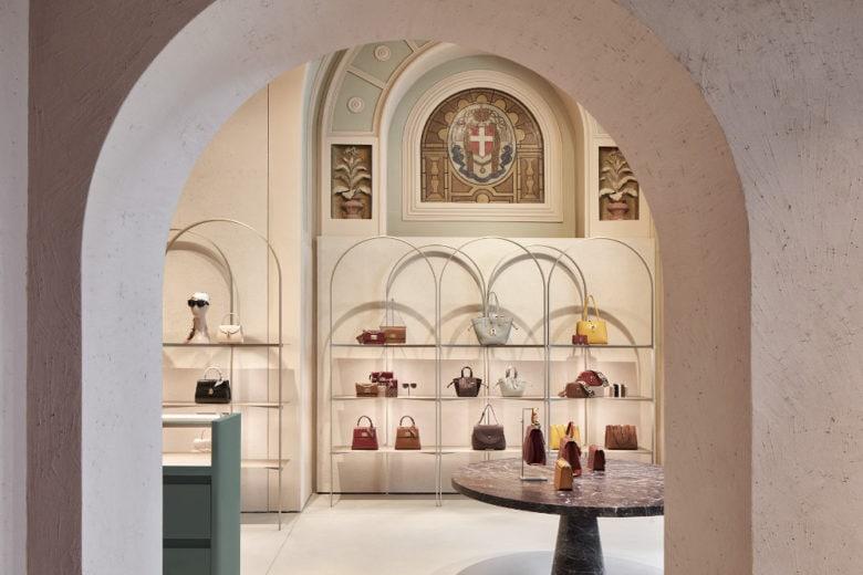 Furla inaugura il nuovo flagship store in Piazza Duomo a Milano