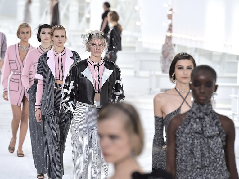 COVER-paris-fashion-week-ss21-MOBILE