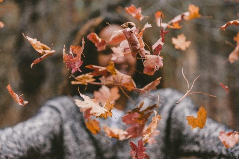 C'è una ragione psicologica che spiega perché ci piace così tanto l'autunno