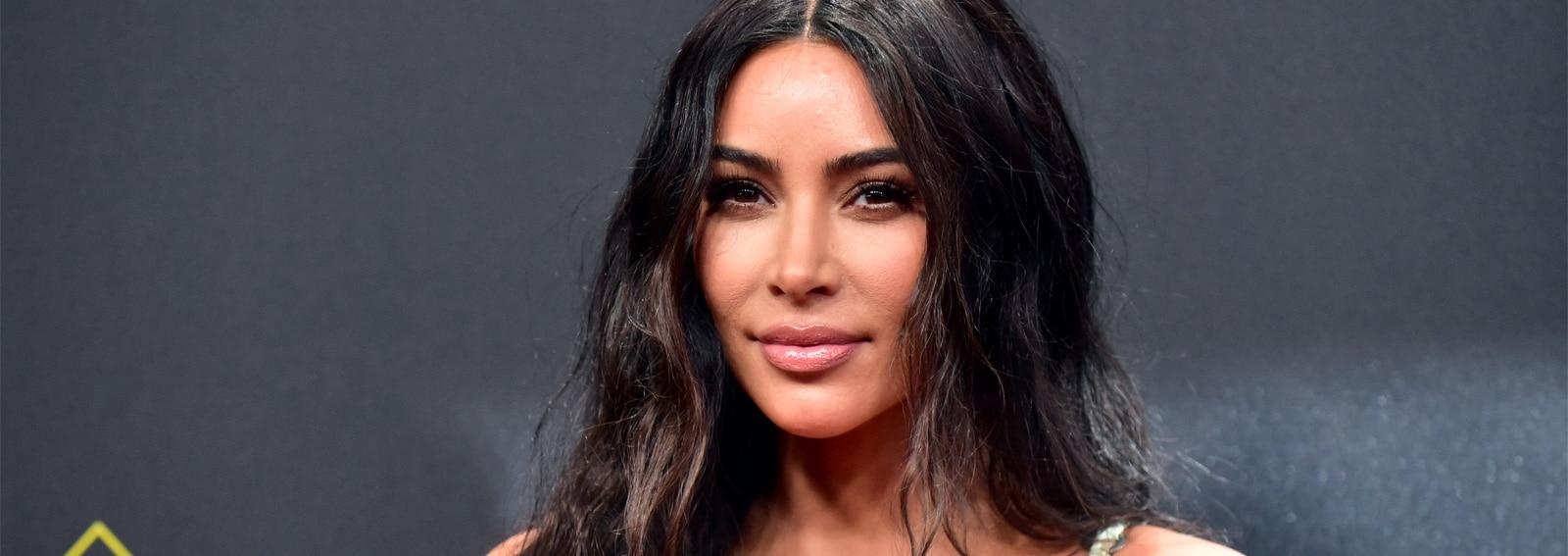 kim-kardashian-40-anni-migliori-beauty-look-evoluzione-cover-desktop