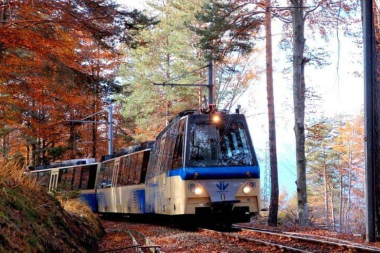Il treno del foliage è il viaggio più panoramico d'Italia (parola di Lonely Planet)