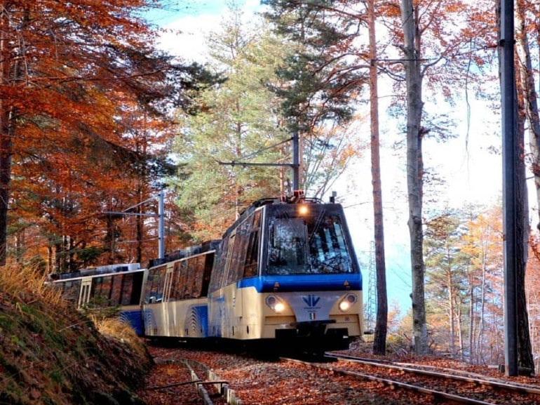 treno del foliage hero