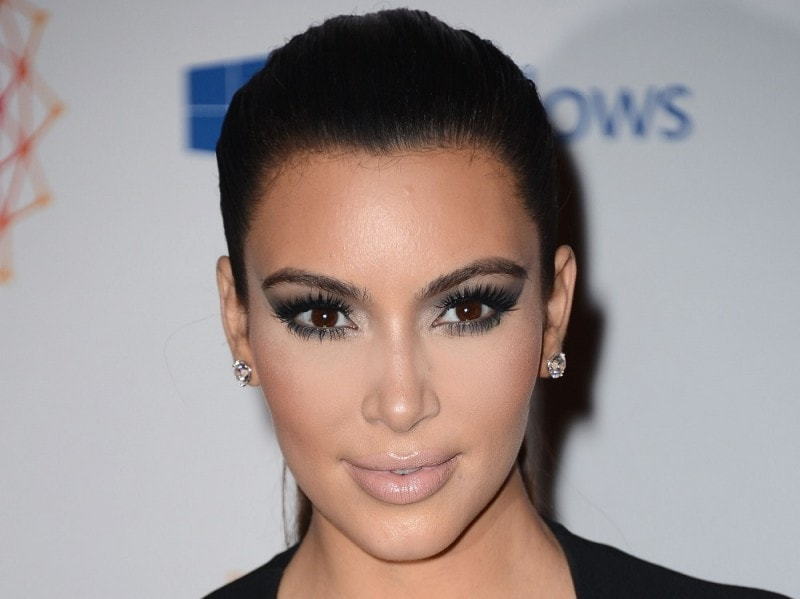 Drama-smokey-eyes-Kim-Kardashian-800×599