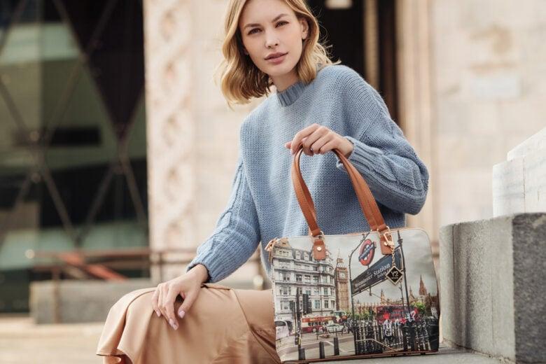 YNot? e le nuove borse per l'autunno-inverno che mixano stile essenziale, colori audaci e stampe grintose